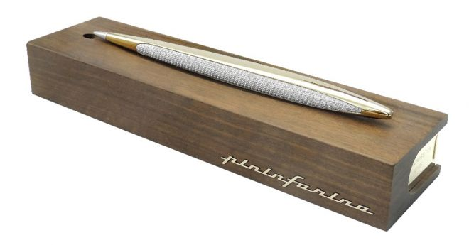 "590 Diamonds and Gold for the exclusive limited edition of ""Pininfarina Cambiano"""
